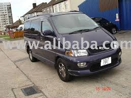 nissan 8 seater