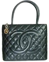 chanel black quilted caviar handbag