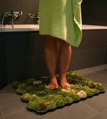 green bath accessories