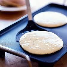 pancakes make