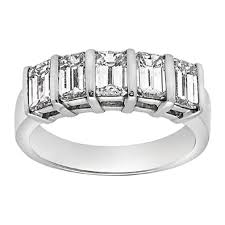 emerald cut wedding band