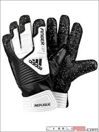 adidas fingertip goalkeeper gloves