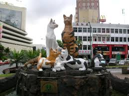cats statue
