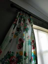 Daisy Kitchen Curtains by The Pioneer Woman Curtains Diy Out Of Her Tablecloths