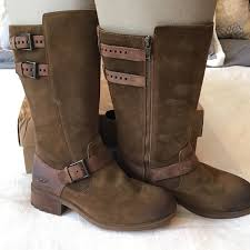 womens ugg everglayde boots 23 ugg shoes ugg everglayde boots from s closet on
