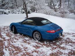 porsche 911 snow having a porsche convertible effect the winter driving