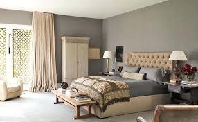 chambre beige et taupe peinture beige chambre deco chambre taupe et impressionnant