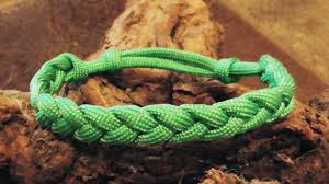 make paracord bracelet knot images How to make an adustable paracord rastaclat friendship bracelet jpg