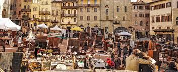 Cortona Italy Map by The Antique Market In Arezzo Cortona Mia