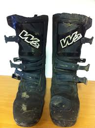 motocross boot reviews tested w2 4 dirt adventure boots visordown