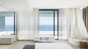 rideaux de cuisine campagne habiller une baie vitrée avec des rideaux