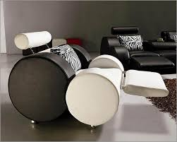 White And Black Sofa Set by Black And White Leather Sofa Set 44l3088
