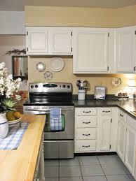 the ideas kitchen best 25 small kitchen redo ideas on kitchen ideas for