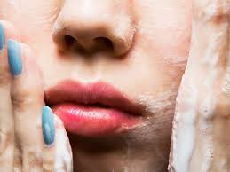 7 things you re forgetting to clean in your living room 15 mistakes you re making when you wash your face self