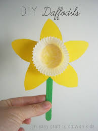 best 25 daffodil craft ideas on pinterest spring crafts for