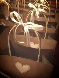 wedding gift bags for hotel destination wedding welcome bags everafterguide