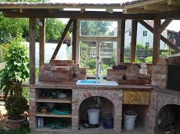 sommerküche selber bauen außenküche kernig aussenküche gärten und grillplatz