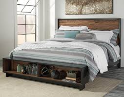 King Platform Bed Set King Platform Bed W Storage Bench Footboard By Signature Design