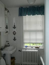 badezimmer rollos raffrollos fürs badezimmer sorgen für eine vollkommene