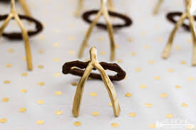 how to make easy thanksgiving wishbone napkin rings