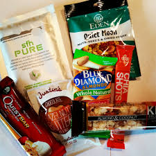30 healthy travel snacks for flying business travel life