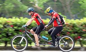 Blind Man Rides Bike Blind Tandem Cyclist He Can U0027t See But He Can Cycle Star2 Com
