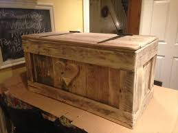Build A Wood Toy Chest by The 25 Best Pallet Toy Boxes Ideas On Pinterest Pallet Trunk