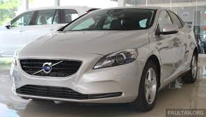 volkswagen volvo volvo v40 t4 with drive e 2 0 limited units rm176k