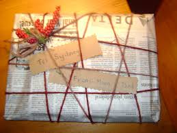 frugal ideas for creative homemade gift wrapping packaging and