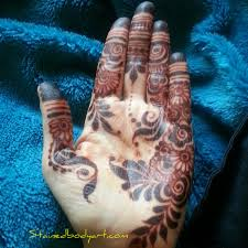 natural henna stain with home made henna stained bodyart henna