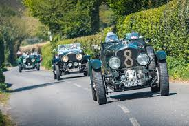 the motoring world goodwood bentley william medcalf vintage bentley u0027drive out u0027 auto addicts