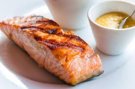 comment cuisiner l oseille recette rapide et facile saumon grillé à l oseille