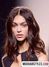 collarbone length wavy hair below shoulder length haircuts for curly hair shoulder length