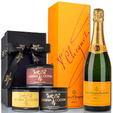 wine sler gift set veuve clicquot brut gift set