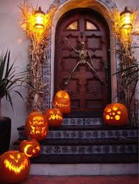 halloween outside decorations 50 chilling and thrilling halloween porch decorations for 2017