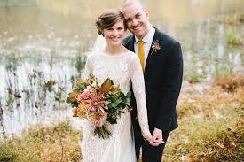 wedding flowers november jessina and s november wedding pine state flowers