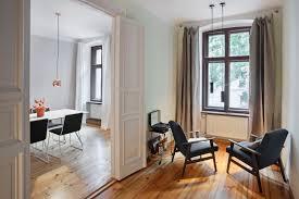 Wohnzimmer Berlin Prenzlauer Berg Stylisch Möblierte Wohnung In Prenzlauer Berg