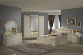 Beige Italian High Gloss Bedroom Furniture Set Homegenies - White high gloss bedroom furniture set