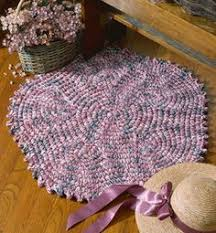 Crochet Tshirt Rug Pattern The Homestead Survival How To Crochet A Rug With T Shirt Fabric
