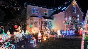 bethlehem pennsylvania christmas lights bill white s christmas lights roni s nut tussies tour the morning