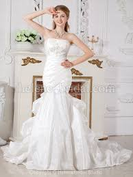 brautkleider fã r kleine zierliche frauen die besten 25 hourglass figure bridesmaid gowns ideen auf