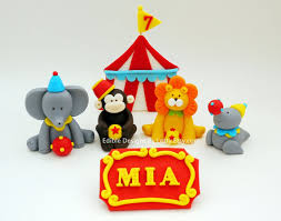 circus cake toppers 4 edible fondant circus animals cake topper with name sign clay