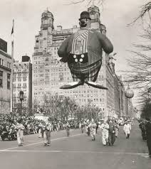 thanksgiving parade tv schedule exclusive look at historical photos video of macy u0027s thanksgiving