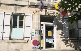 bureau laposte baignes le bureau de poste devient la poste agence communale