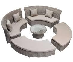 canapé résine tressée pas cher salons de jardin pas cher tables en résine bois teck rotin et