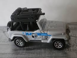 matchbox jeep wrangler image jeep wrangler mission force jurassic park 2015 jpg