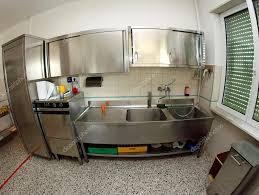 cuisine scolaire cuisine évier industriel en acier inoxydable d une cantine