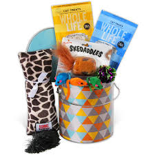 per gift basket cat lover s gift basket by gourmetgiftbaskets