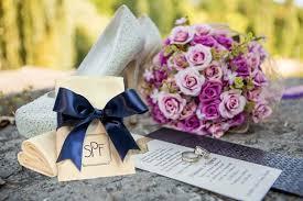 theme wedding favors 4 traditional theme wedding favors