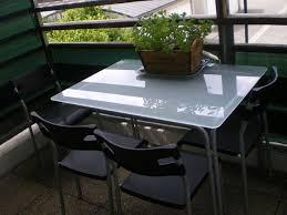 table de cuisine en verre trempé table de cuisine moderne en verre maison design bahbe com